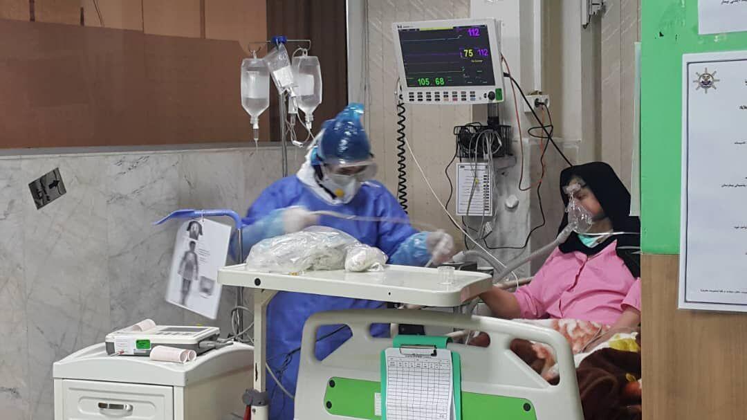 خبرنگاران پذیرش 105 بیمار مبتلا به کرونا در بیمارستان نیروی دریایی در رشت