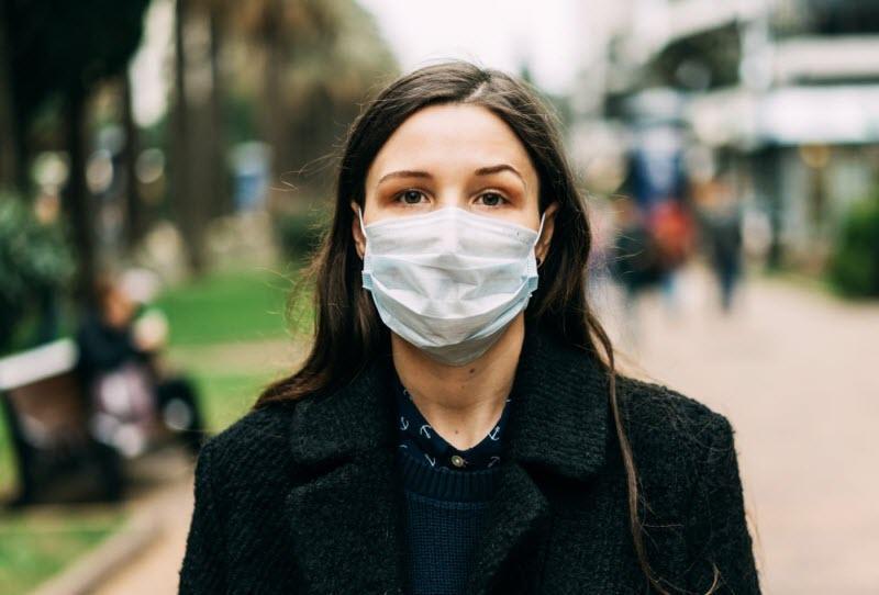 آیا شما بعد زدن ماسک برای پیشگیری از کرونا، دچار ماسکنه شده اید؟!